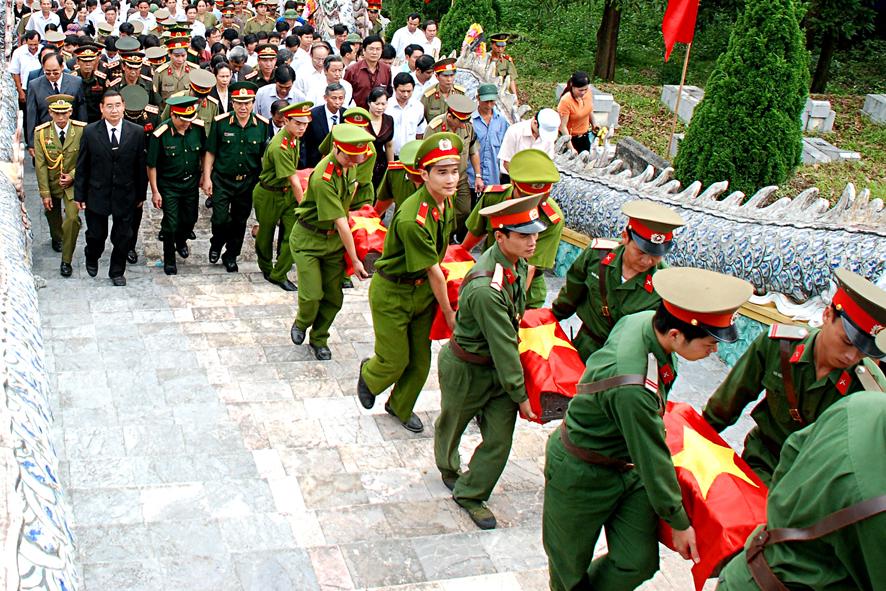 Chùm thơ của Nguyễn Lê, Võ Thị Kim Liên