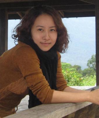 Giới thiệu về nhà văn Trần Quỳnh Nga