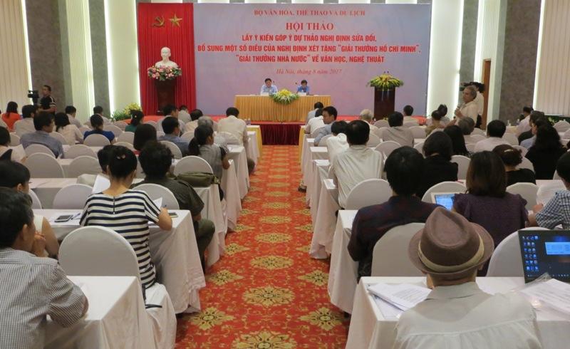 """Hội thảo góp ý dự thảo Nghị định sửa đổi, bổ sung một số điều của Nghị định xét tặng """"Giải thưởng Hồ Chí Minh"""", """"Giải thưởng Nhà nước"""" về Văn học nghệ thuật."""