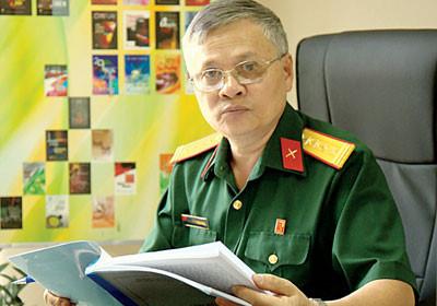 Nhà văn Nguyễn Minh Ngọc