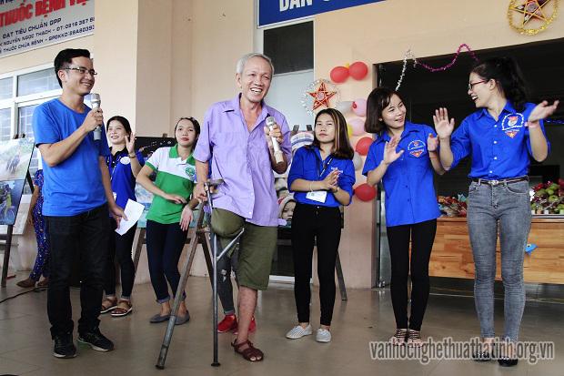 """Gala """" Hát cho bệnh nhân tôi nghe"""" lần thứ 15 tại Hà Tĩnh"""