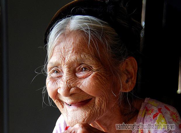 Phụ nữ- Vẻ đẹp bất tử với thời gian