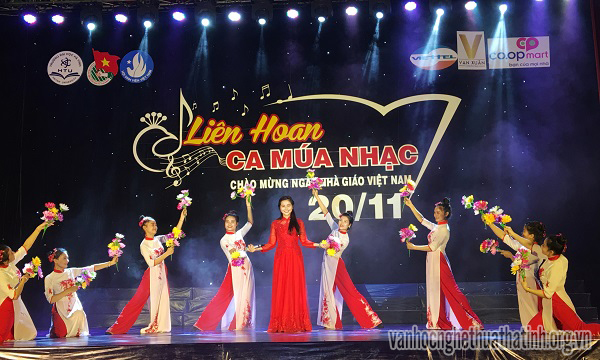 Liên hoan Ca – múa – nhạc năm 2017 chào mừng ngày nhà giáo Việt Nam 2011