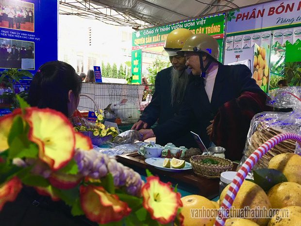 Lễ hội Cam và các sản phẩm nông nghiệp Hà Tĩnh lần thứ nhất