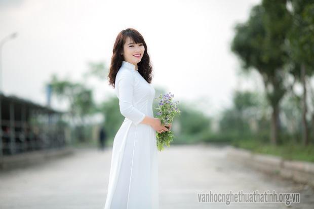 Chùm thơ của tác giả Võ Chinh