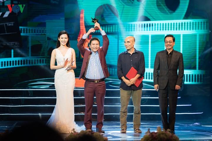 'Thương nhớ ở ai' thắng đậm tại Giải Cánh diều 2017