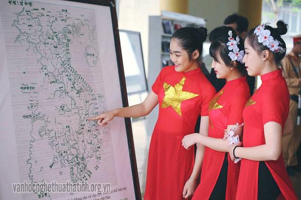 Hương Khê khai mạc ngày sách Việt Nam lần V
