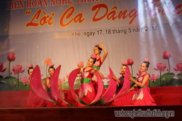 Liên hoan nghệ thuật quần chúng huyện Hương Khê
