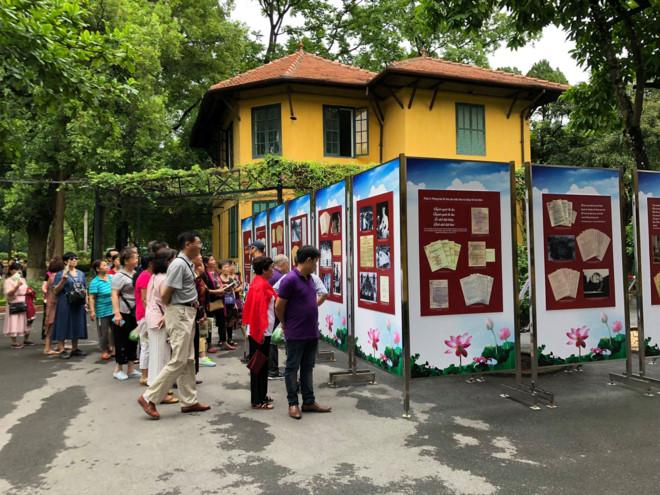 """Triển lãm: """"Chủ tịch Hồ Chí Minh với phong trào thi đua yêu nước"""""""