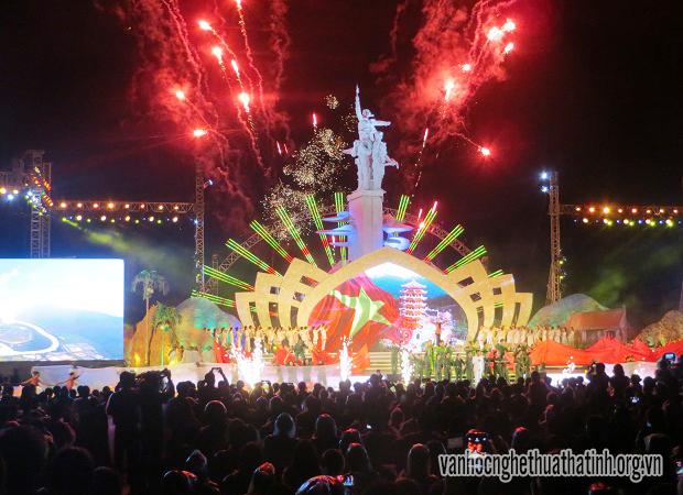 """Chương trình nghệ thuật """" Đồng Lộc- Bài ca bất tử"""" tại Lễ kỉ niệm 50 năm chiến thắng Đồng Lộc"""