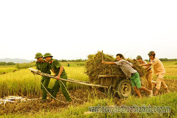Chùm ảnh Công an huyện Hương Sơn đảm bảo ANTT, chung tay xây dựng nông thôn mới
