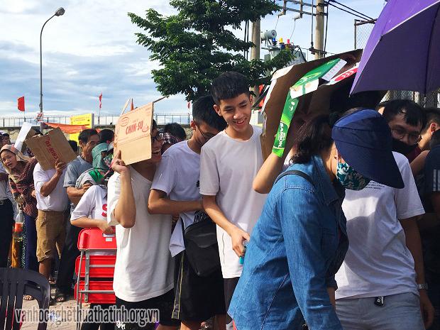 Người dân Hà Tĩnh đổ xô mua vé trước thềm chung kết giải Bóng chuyền nữ quốc tế VTV Cup