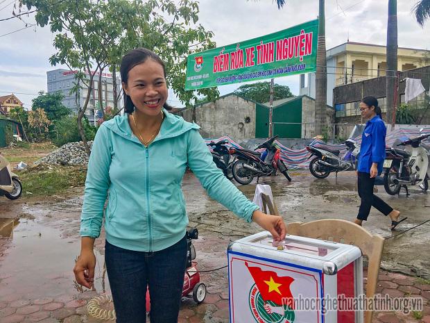Rửa xe tình nguyện: Việc làm nhỏ, ý nghĩa lớn