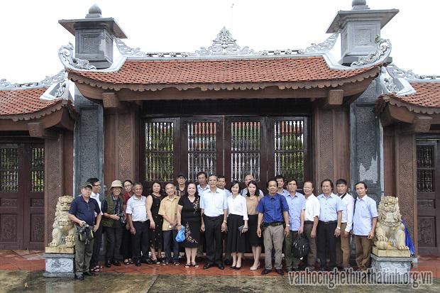 Văn nghệ sĩ Hà Tĩnh thực tế sáng tác tại Thái Bình, Ninh Bình