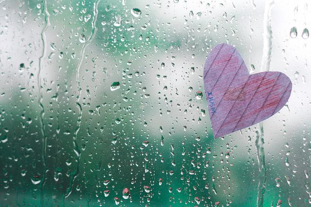 Đi qua những cơn mưa…..