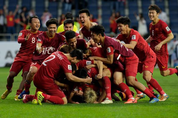 Chùm thơ mừng chiến thắng đội tuyển Việt Nam trước Jordan