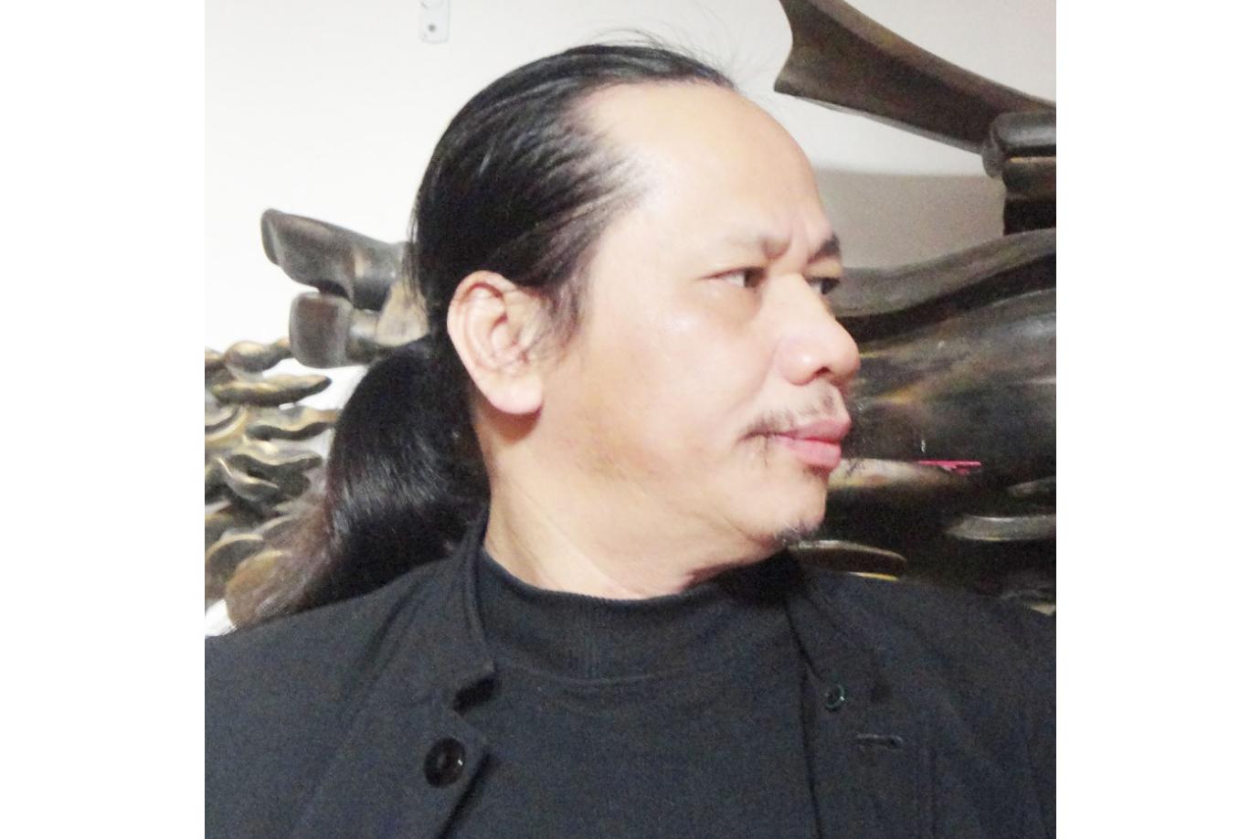 Nhà điêu khắc Phạm Xuân Sinh