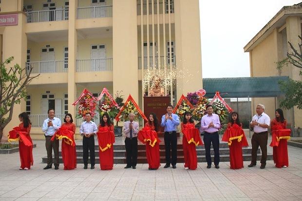 Lễ khánh thành tượng đồng Giáo sư Nguyễn Đổng Chi
