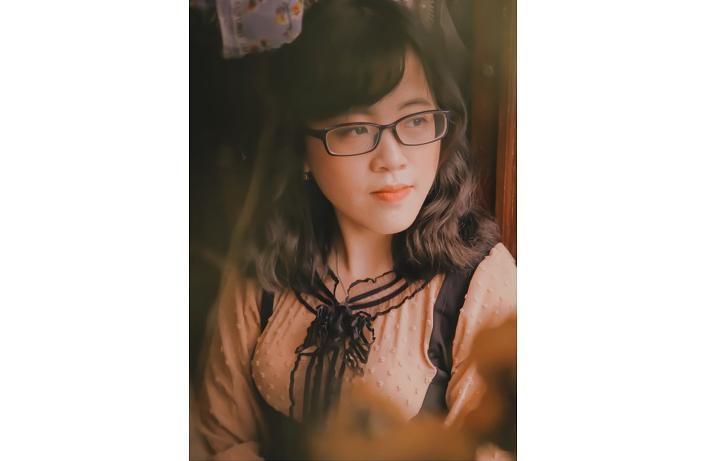 Chùm thơ của nữ tác giả Nguyễn Thị Hương Giang