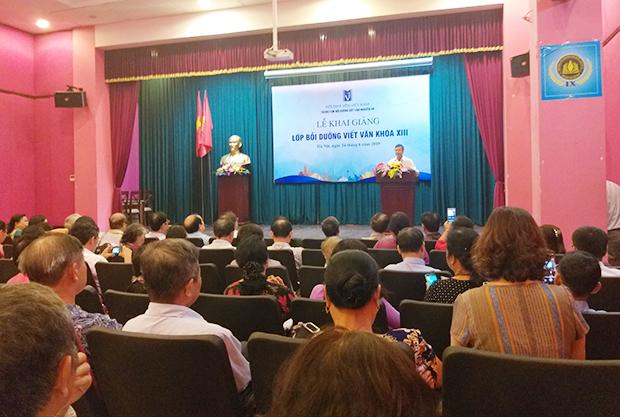 Khai giảng lớp bồi dưỡng viết văn khóa XIII  của Trung tâm bồi dưỡng viết văn Nguyễn Du, Hội Nhà văn Việt Nam