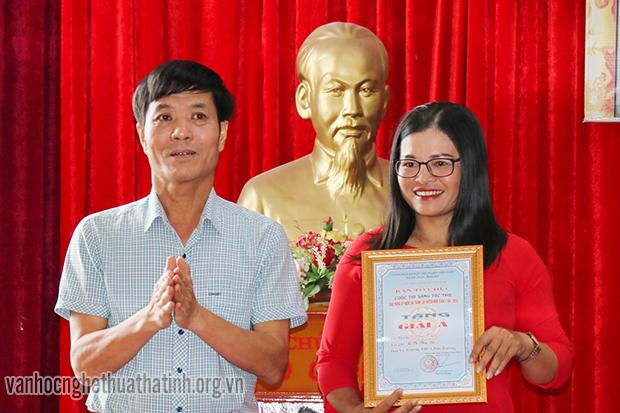 Tổng kết và trao giải Cuộc thi sáng tác thơ về đất và người Nghi Xuân
