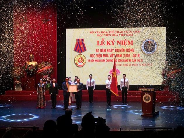 Kỷ niệm 60 năm Ngày truyền thống Học viện Múa Việt Nam