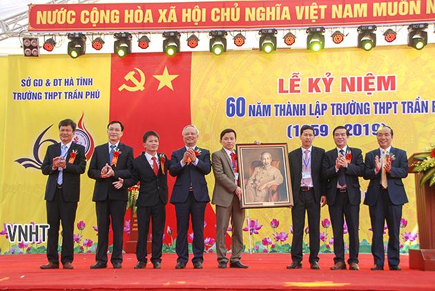 Trường THPT Trần Phú kỉ niệm 60 năm thành lập
