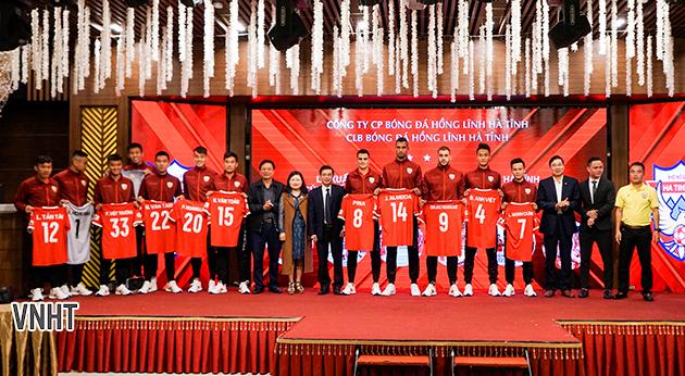 Lễ xuất quân của đội bóng Hồng Lĩnh Hà Tĩnh