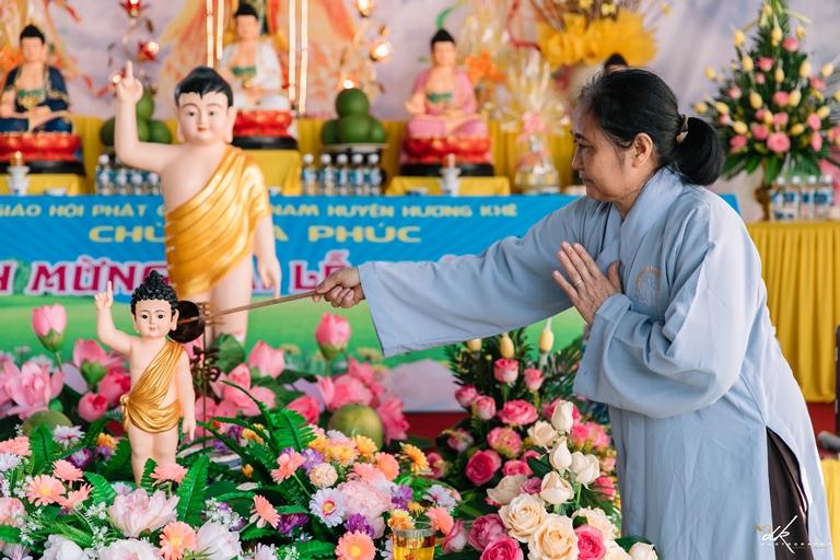 Mùa lễ Phật đản tại chùa Hạ Phúc