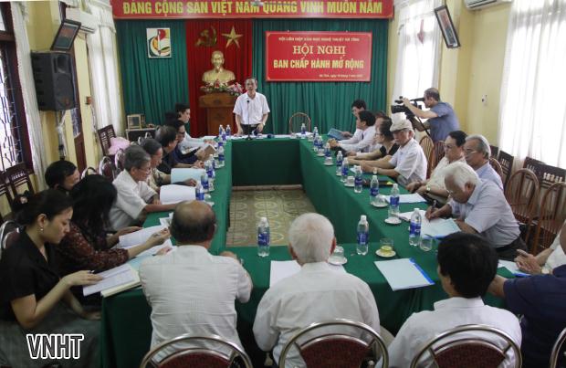 Hội nghị Ban chấp hành khóa IX mở rộng
