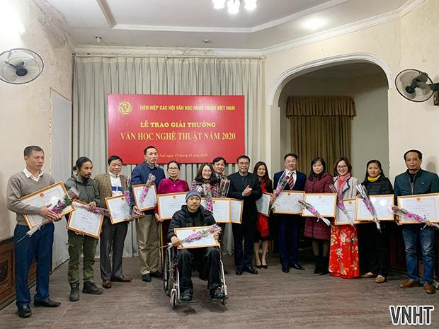Lễ trao Giải thưởng Văn học nghệ thuật năm 2020